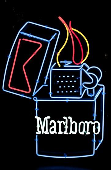 Neonleuchte Marlboro Zippo