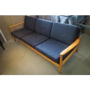 Sofa, Dänemark, 3-Sitzer, helles Holz, dunkelblaue Polster